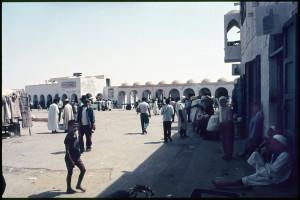 Una piazza a El Oued, 1976