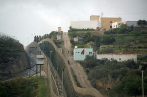 Il-confine-tra-il-Marocco-e-Melilla,(foto-Koerner)