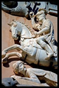 Ruggero e Mokarta in un bassorilievo a Mazara