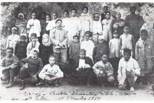 Bonfiglio insegnante in una scuola italo-araba fondata  a Cirene (1918)