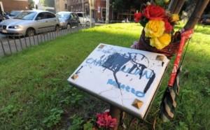 Targa Carlo GIuliani vandalizzata