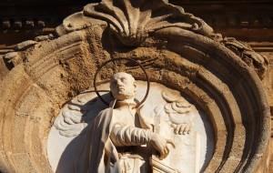 Il busto di S.Ignazio sull'omonima Chiesa.