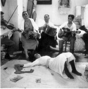 Maria di Nardò in stato di trance, San Paolo di Galatina,1959 (Foto Pinna