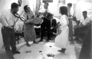 Tecniche coreutico-musicali. San Paolo di Galatina,1959 (Foto Pinna)