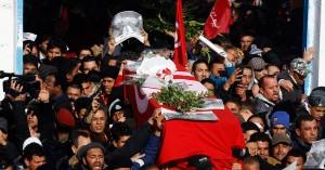 Tunisi, funerali del leader di sinistra Belaid, febbraio 2013