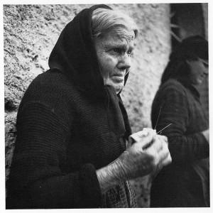 1936, dal catalogo della mostra del 1990  Alfred Bollinger fotografo a San Gimignano