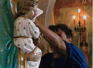 Devozione per la statua della Madonna di Alcamo (Foto Lucchese)