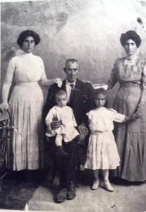 Famiglia Porcaro, 1912