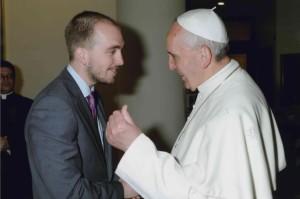 Papa Francesco e Santiago Perez de Camino, membro del Pontificio Consiglio per i Laici