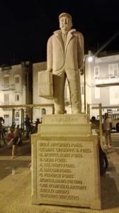 Partanna, monumento all'emigrante