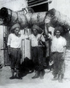 Scene di vendemmie peloritane,, coll.Museo Cultura e Musica Popolare dei  Peloritani villaggio Gesso Messina