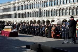 Funerali Valeria: conclusa cerimonia in Piazza San Marco