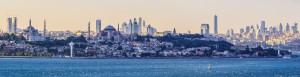 Lo skyline che unisce due continenti, sul Bosforo