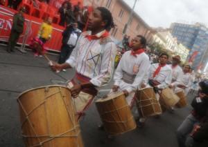 Tamburi a La Paz in occasione della danza afroboliviana del Saya