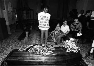 Funerali di Masslo a Villa Literno, agosto 1989