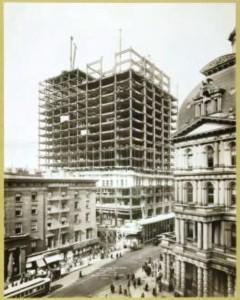 Il Woolworth in costruzione, febbraio 1912