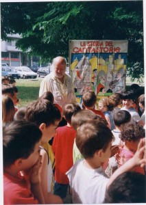 Trincale in un recente spettacolo nella scuola di Besso (ph. Geraci)