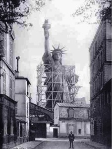 1885. La Statua della Libertà arriva a NYC, dalla Francia