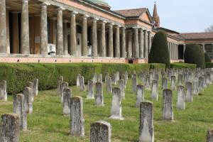 2-scorcio-del-cimitero-monumentale-di-modena