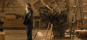 Ai-Weiwei nel suo studio