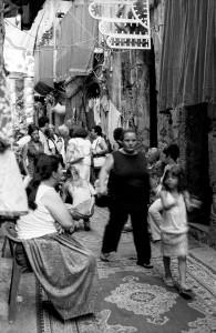vicolo-nel-giorno-del-festino-di-s-rosalia-15-luglio-centro-storico