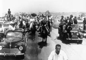Bourghiba-rientra-dallesilio.-1-giugno-1955.