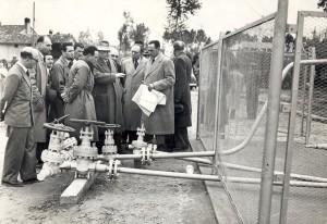 Enrico Mattei e Aldo Moro in Libia, 1960.