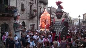 http://www.istitutoeuroarabo.it/DM/wp-content/uploads/2017/06/4.-Giganti-Mitria-e-Kronos-a-Mistretta-ph.-Machi.jpg