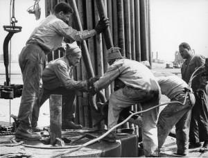 Operai dell'ENI in Libia, 1960.
