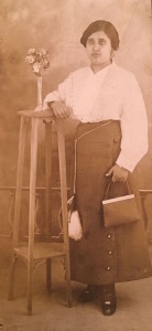donna-Sarina-Casale-1896-1943-di-Spatafora-coll.-Romano