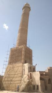 1-mosul-iraq-lo-storico-minareto-al-hadba-presso-la-moschea-di-grand-al-nuriin-archivio-heritage-at-risk-in-iraq-unesco