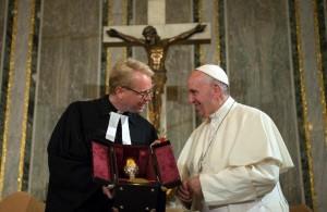 Lund-Incontro-del-Papa-con-i-protestanti