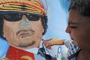 Gheddafi-sfregiato
