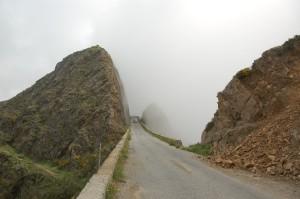 . Verso Africo. Dopo Bova. Il salto della zita, maggio 2011 (ph. V. Teti)