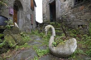 Chiapporato, la piazzetta del paese (ph. Bertinotti).