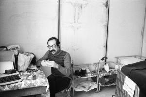 Nino Giaramidaro inviato nelle baracche di Santa Ninfa