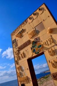 Lampedusa-Porta-dEuropa-di-Mimmo-Padadino.