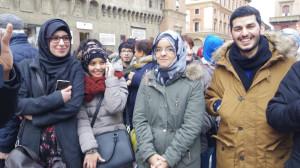copertina-giovani-marocchini-a-bologna-archivio-zonarelli