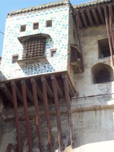 La Casbah di Algeri dove Sénac ha vissuto al suo ritorno in patria dal 1962 alla notte del suo assassinio dopo il periodo parigino (ph. Guidantoni).