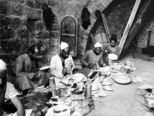 Palestina-artigiani-della-madreperla-inizi-sec.-XX.