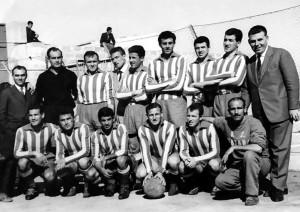 Squadra con il mister Sergio Vergassola, 1961