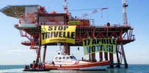 Manifestazione-NoTriv-Greenpeace-aprile-2014-piattaforma-Gela-