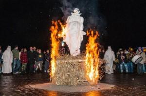http://www.istitutoeuroarabo.it/DM/wp-content/uploads/2018/02/7..-Santa-Maria-del-Mela-Catalettu-Carnevale-in-fiamme-2017-ph.-Sarica.jpg