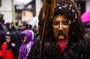 Rollate-personaggio-principale-del-Carnevale-di-Sappada-ph.-Armano.