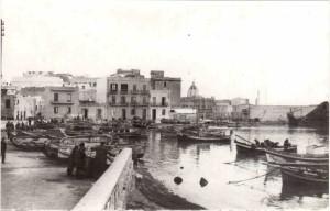 Porto-peschereccio-di-Trapani-fine-anni-'30-inizi-'40-propr.-Tonino-Perrera.