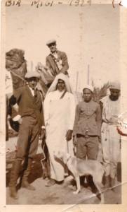 Il-nonno-Carlo-con-arabi-in-azienda.