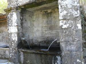 Il Pillone, fontana pubblica (ph. Fresta).