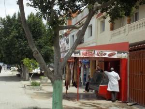 Chawatt frazione di Jedida, macelleria sulla strada principale (ph. C. Sebastiani).