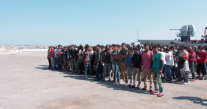 Dopo l'approdo, un racconto per immagini e parole sui richiedenti asilo in Italia