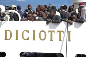 - ITALY - IMMIGRATION - REFUGEE -RESCUE - SEA - Object name ITALY - MIGRANTS - RESCUE - SEA Object name ITALY - MIGRANTS - RESCUE - SEA Object name ITALY - MIGRANTS - RESCUE - SEA